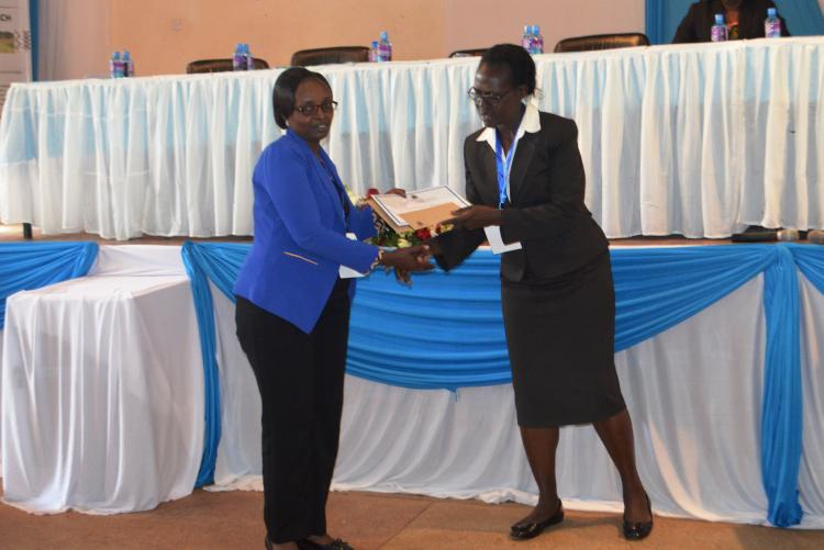 Best student presentation awarded by Prof. Nyikal Principal CAVS